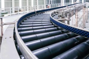 5 factors to consider when choosing cleanroom conveyor system